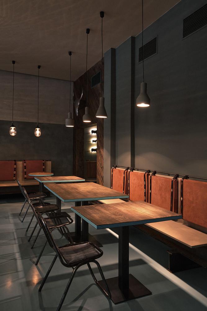 Stalo pagrindai kavinės stalui